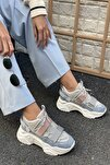Kadın Gri Cırtlı Sneakers