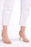 Kadın Parmak Arası Topuklu Sandalet Bitebej