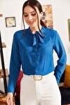 Kadın Saks Yakası Bağlamalı Desenli Gömlek ARM-20K001150