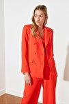 Kırmızı Düğme Detaylı Ceket TWOSS21CE0137