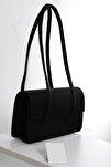 Kadın Koyu Siyah Kapaklı Baget Çanta