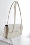 Kadın Koyu Krem Kapaklı Baget Çanta