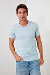Açık Mavi Basıc Erkek T-Shirt - Pamuklu V Yaka  TMNSS19BO0002