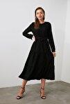 Siyah Kuşaklı Kadife Büzgülü Elbise TWOAW20EL2133