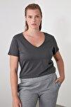Antrasit %100 Pamuk V Yaka Basic Örme T-Shirt TWOSS20TS0129