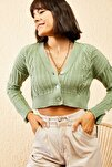Kadın Çağla Yeşili Sac Detaylı Düğmeli Triko Hırka 10121082