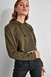 Haki Kapüşonlu Crop Örme Sweatshirt TWOAW20SW0144