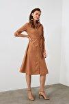 Camel Kuşaklı Kadife Elbise TWOAW20EL1926