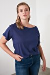 Lacivert %100 Pamuk Kayık Yaka Boyfriend Örme T-Shirt TWOSS20TS0140