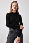 Siyah Büzgülü Çıtçıtlı Örme Body TWOAW20BD0052