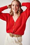 Kadın Çilek Kırmızısı V Yakalı Düğmeli Triko Hırka ZA00025