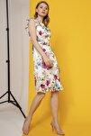 Elbise O Yaka Etek Altı Ve Kol Volan Detaylı