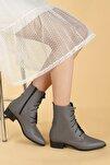 Kadın Gri Cilt Bağcıklı Termo Taban Bot Ayakkabı 007-01