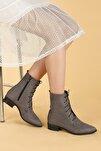 Kadın Gri Süet Bağcıklı Termo Taban Bot Ayakkabı 007-01