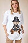 Kadın Beyaz Baskılı Oversize Uzun Penye T-shirt ZV00105