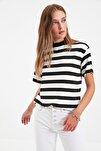 Çok Renkli Çizgili Basic Dik Yaka Örme T-Shirt TWOSS21TS1204