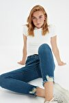 Lacivert Paçası Yırtıklı Yüksek Bel Skinny Jeans TWOSS20JE0299