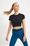 Siyah Crop Spor Bluz TWOAW21BZ0158