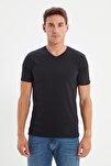 Siyah Erkek Basic Slim Fit V Yaka Kısa Kollu T-Shirt TMNSS19BO0002