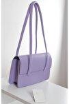 Kadın Açık Lila Kapaklı Baget Çanta