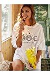 Kadın Beyaz Oversize Celestial Sun Moon Baskılı T-shirt