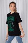 Kadın Siyah Montana Baskılı Oversize T-shirt