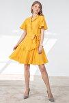 Elbise Dışa Dönük V Yaka Ön 3 Düğme Etek Altı Volan Detaylı