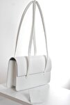 Kadın Açık Beyaz Kapaklı Baget Çanta
