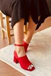 Kadın Kırmızı Süet Geniş Bantlı Topuklu Ayakkabı