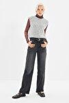 Siyah Bel Detaylı Yüksek Bel 90's Wide Leg Jeans TWOSS21JE0385
