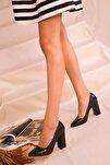 Siyah Kroko Kadın Klasik Topuklu Ayakkabı 15313
