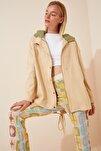 Kadın Krem Mevsimlik Gabardin Oversize Ceket DP00122