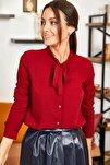 Kadın Bordo Yakasi Bağlamali Desenli Gömlek ARM-20K001150