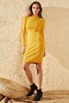 Kadın Sarı Dik Balıkçı Yaka Elbise