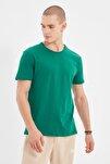 Yeşil Basıc Erkek Slim Fit Pamuklu Kısa Kollu Bisiklet Yaka T-Shirt TMNSS19BO0001