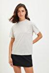 Krem Basic Dik Yaka Örme  T-Shirt TWOAW20TS0096