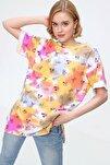 4280 Grafik Desen Yanı Yırtmaçlı Oversize Tshirt