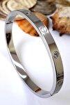 Kadın Güm��ş Renkli Zirkon Taşlı Paslanmaz Çelik Cartier Bileklik 18 cm