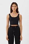 Kadın Siyah Crop Fit Kolsuz T-Shirt 02517784