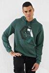 Erkek Yeşil Kapüşonlu Üç Renk Nakışlı Kanguru Cepli Sweatshirt