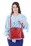 Kadın Kırmızı Renk Elde Ve Omuz Askılı Kullanılabilen Bol Gözlü Püskül Aksesuarlı Çantası