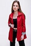 Kadın Kırmızı Beli Büzgülü Cep Detaylı Trençkot 10322