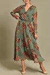 Yeşil Çiçekli Uzun Kruvaze Yaka Şifon Elbise
