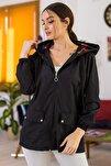 Kadın Siyah Cepleri Çıt Çıtlı Fermuarlı  Astarsız Yağmurluk ARM-21K055002