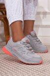Gri Pembe Bağcıklı Kadın Spor Ayakkabı • A212kjmp0008
