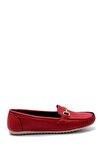 Kadın Kırmızı Toka Detaylı Loafer Ayakkabı