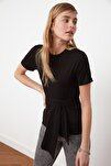 Siyah Bağlama Detaylı Örme Bluz TWOSS21BZ0138