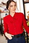 Kadın Kırmızı Yakası Bağlamalı Desenli Gömlek ARM-20K001150