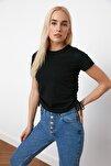 Siyah Büzgülü Basic Örme T-Shirt TWOSS21TS0131