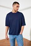 Lacivert Basic Erkek Oversize Bisiklet Yaka Kısa Kollu T-Shirt TMNSS21TS0811